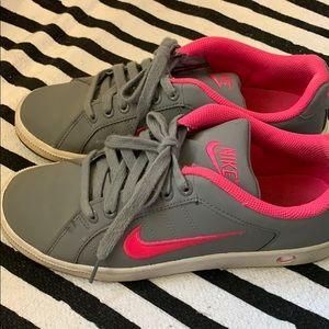 Nike's skate sneakers